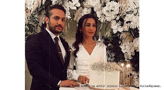 Atilla Kırali'nin oğlu Koray Kırali, Dilara Boğaz'la nişanlanarak mutluluk kapısını araladı