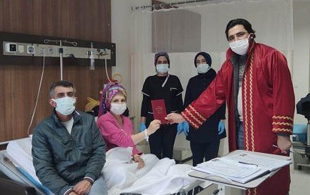 Leyla Tunç ve Abuzer Yaman çiftinin Doğuma 5 kala hastane odasında nikahları kıyıldı