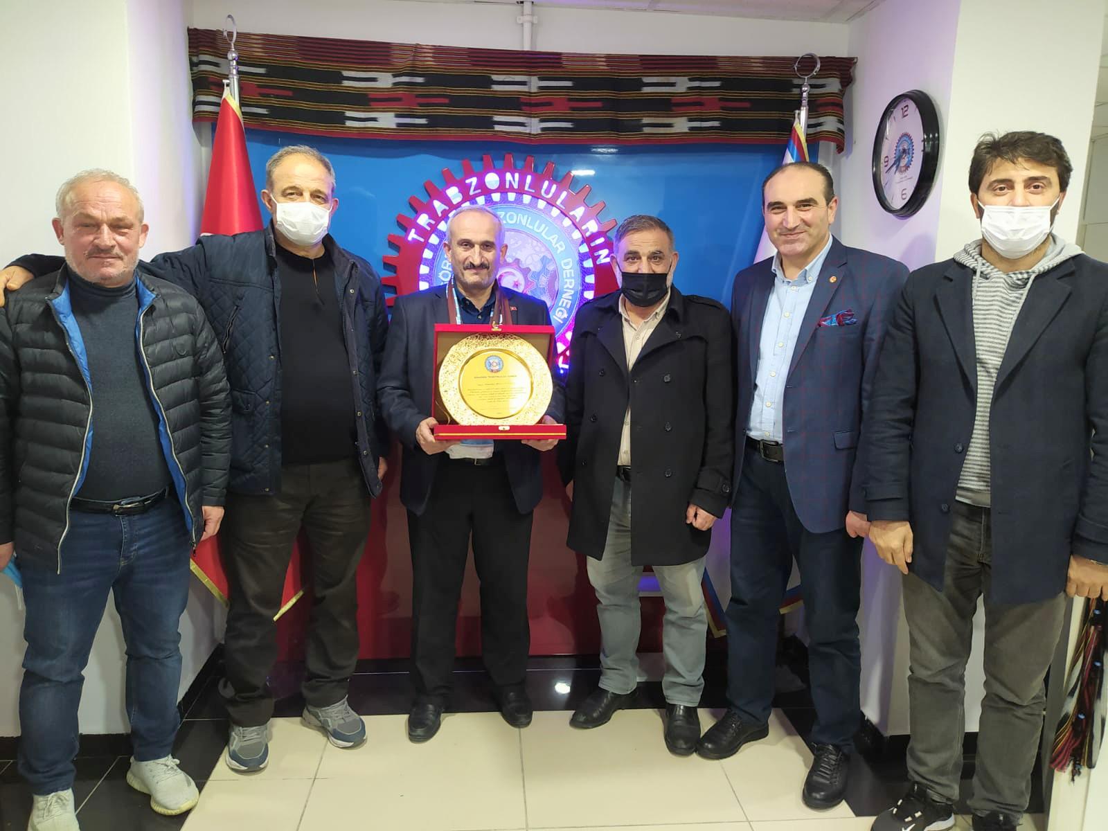 Güngören Trabzonlular Derneği yılın öğretmeni
