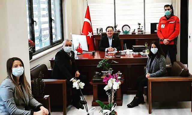Prof. Dr. Mehmet Engin Deniz, Güngören Kızılay'ın tebriğini kabul etti