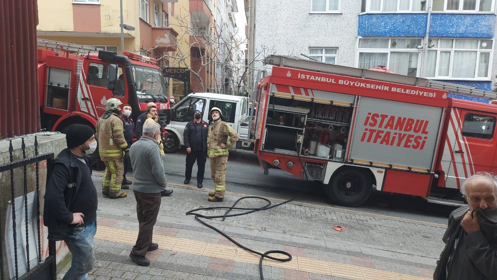 Güngören'deki yangın itfaiyeyi alarma geçirdi