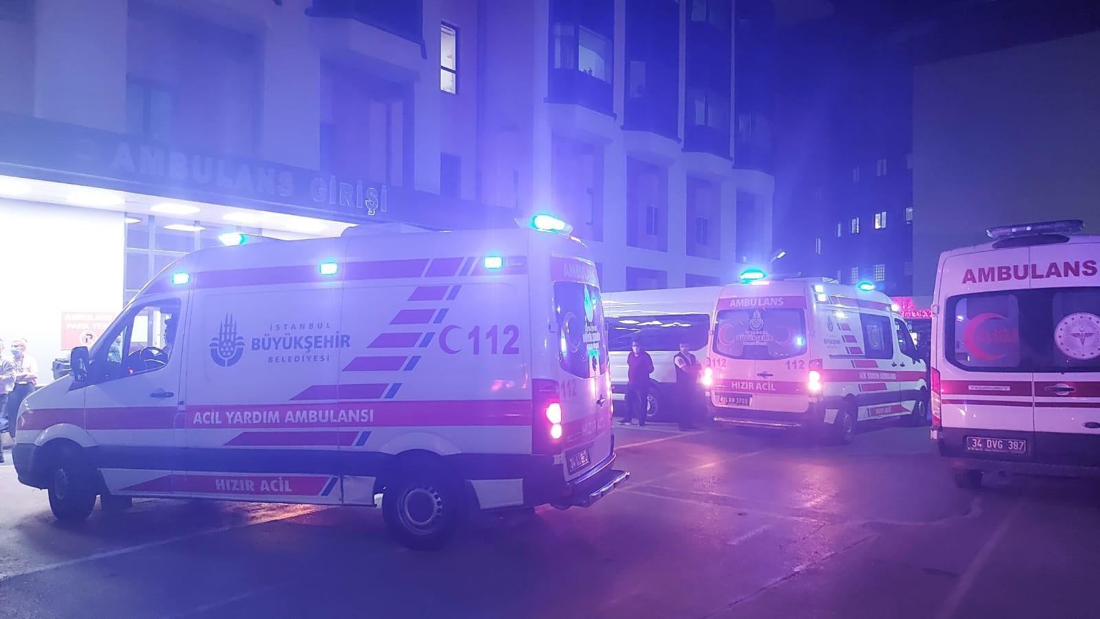Bağcılar'da 112 çalışanına bıçaklı saldırı, 3 kişi yaralı