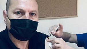 """Nedim Kuşçu'da BioNTech, Pfizer aşısı oldu, """" Tereddüte yer yok"""" dedi"""