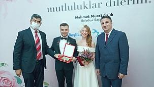 Mehmetçik Vakfı Rabia&Mustafa Gökhan Albar çiftinin mutluluğuna ortak oldu