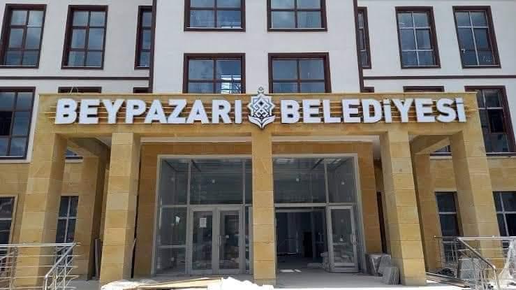 Beypazarı Belediyesi yeni binası hizmete girdi