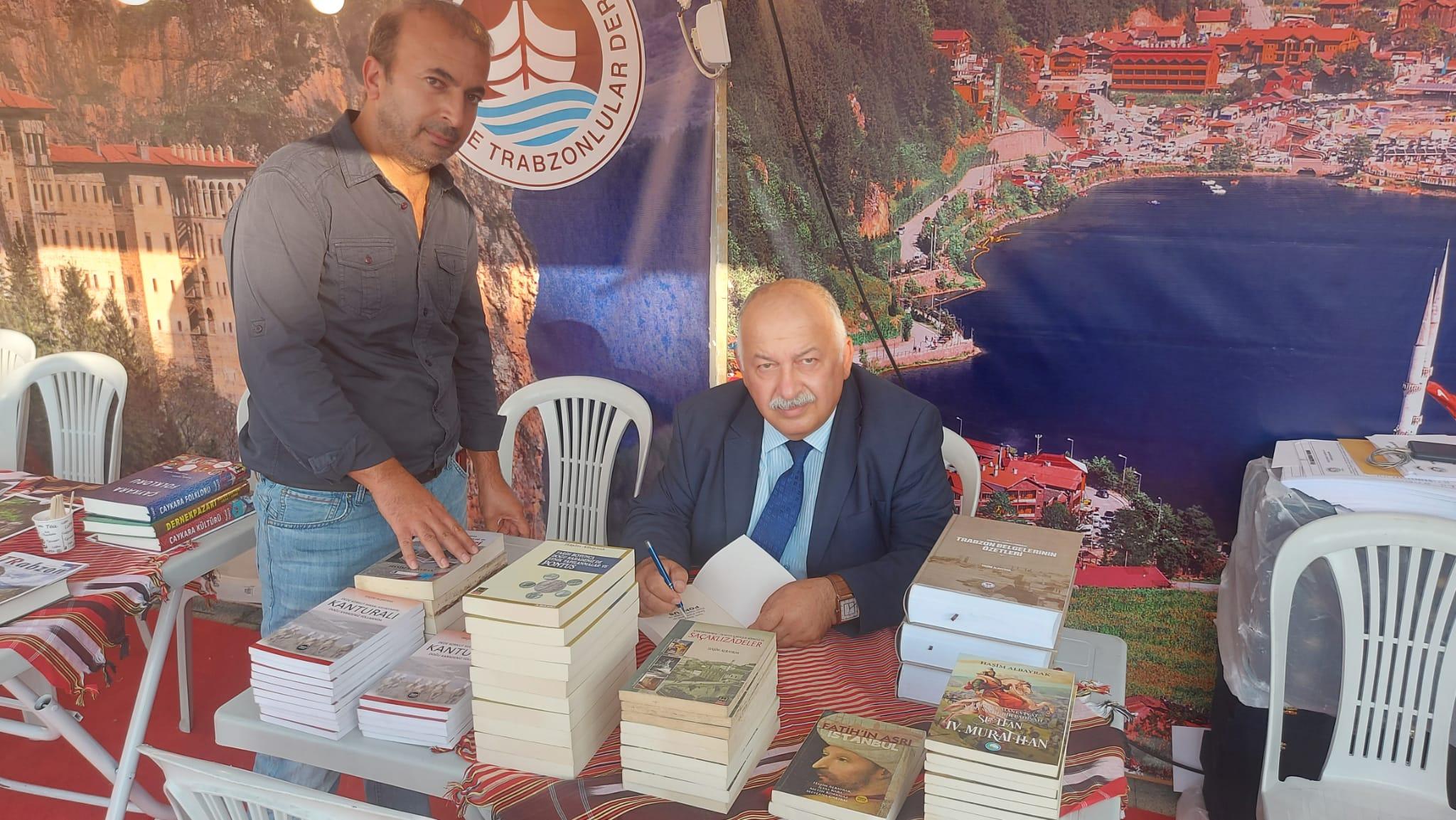 Tarihçi Yazar Haşim Albayrak Küçükçekmece Trabzon günlerinde Trabzon'un tarihini bir kez daha hatırlattı