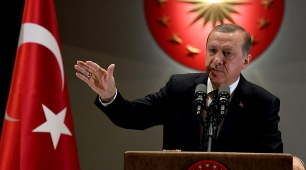 Cumhurbaşkanı gece 3:00 da Güngören'deki demokrasi nöbetcilerine telefonla  selam gönderdi
