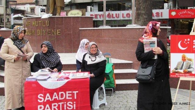 Edremit Saadet Partisi Broşür Ve Gazete Dağıttı