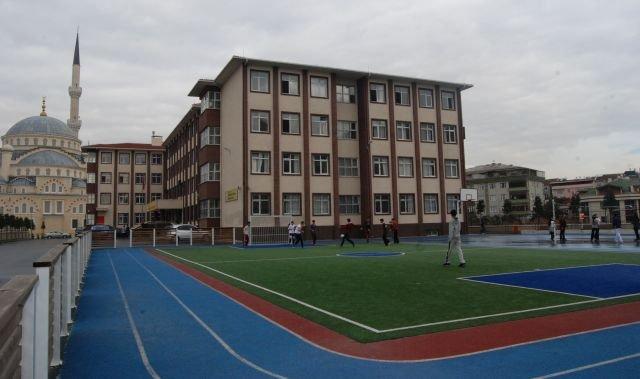Güngören'de parlayan bir yıldız: İbn-İ Sina Mesleki Ve Teknik Anadolu Lisesi