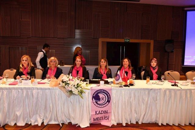 İstanbul 3. Bölge Kadın Meclisi Bahçelievler'de toplandı