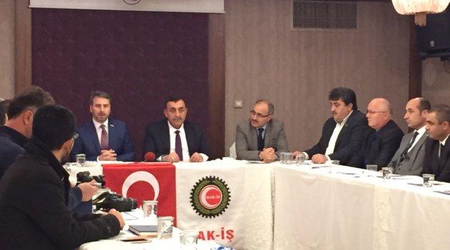 İstanbul Hak-iş çalışan gazeteciler gününü unutmadı