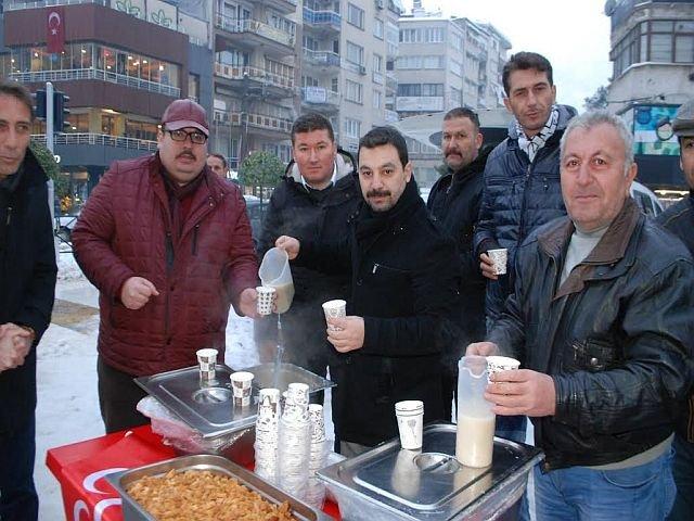 Mhp'den Vatandaşlara Çorba İkramı