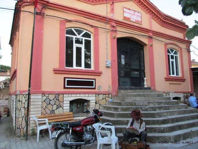 ŞEKVEREN'DE 'BİR MEKSİKALI'