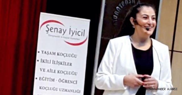 Yaşam Koçu  Şenay İyicil  Muratpaşa Belediyesindeydi